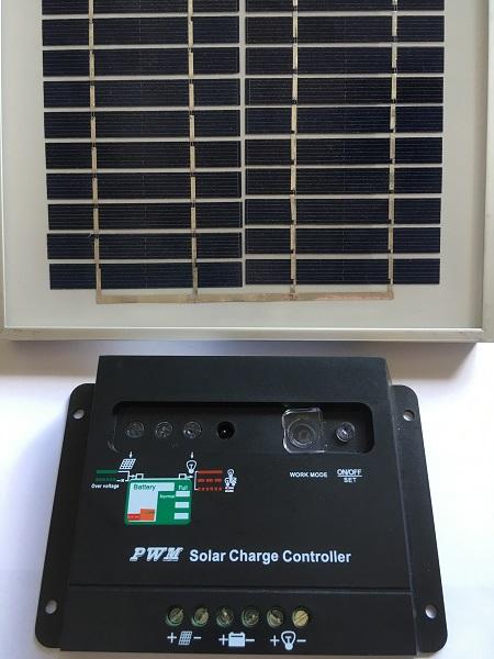 PWM lādēšanas regulators saules paneļiem 12V/24V-20A